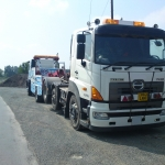 RRS Recovery recovering a  Hino 700